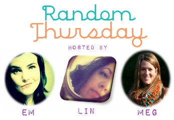 Random Thursday: What's In My Purse