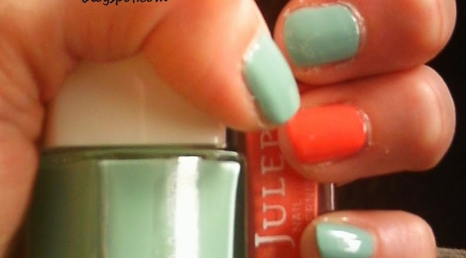 Totally Doable I Have A Life April Nail Art Challenge: Day 19: Mint