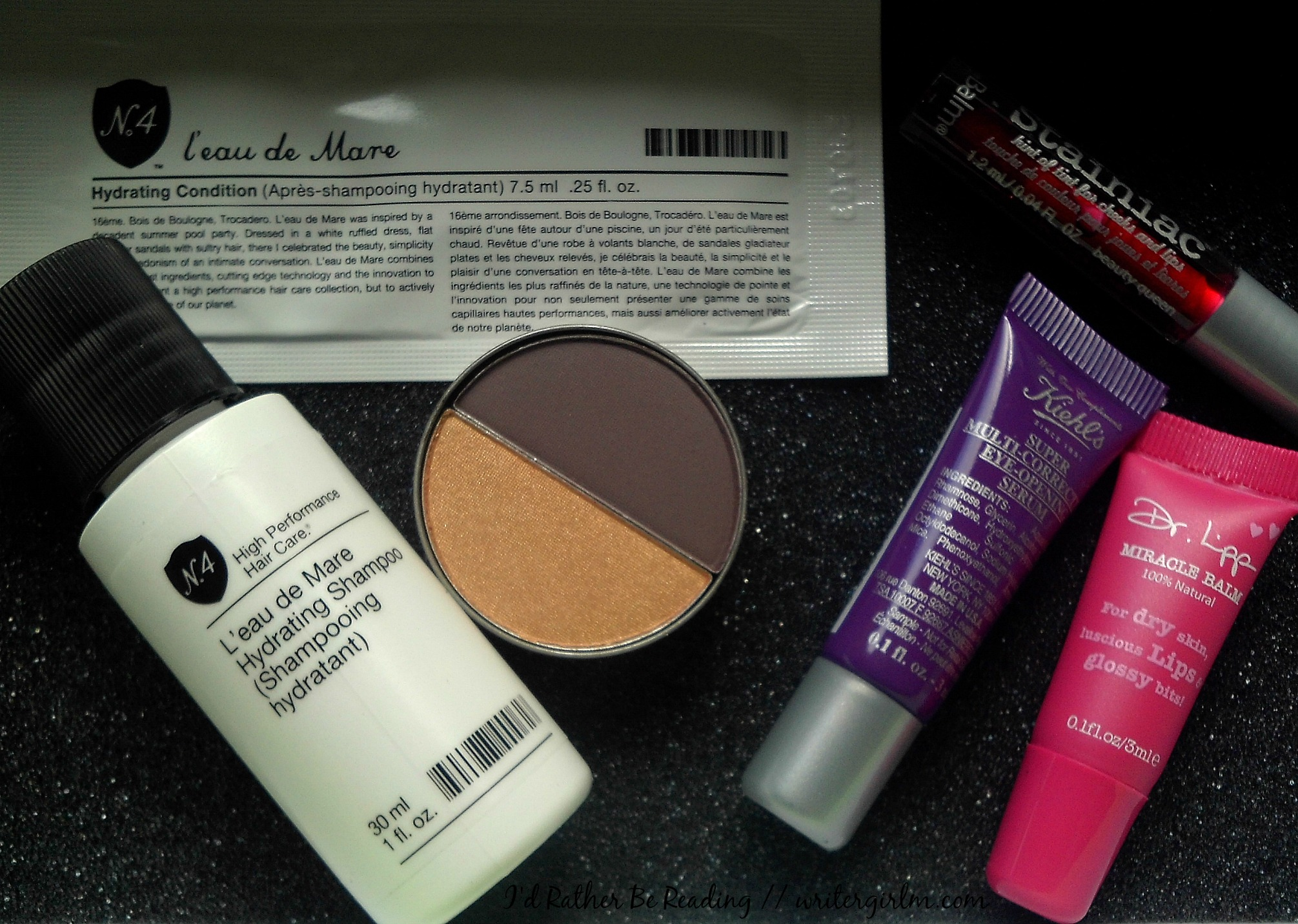 See what goodies I got in my March 2016 Birchbox!